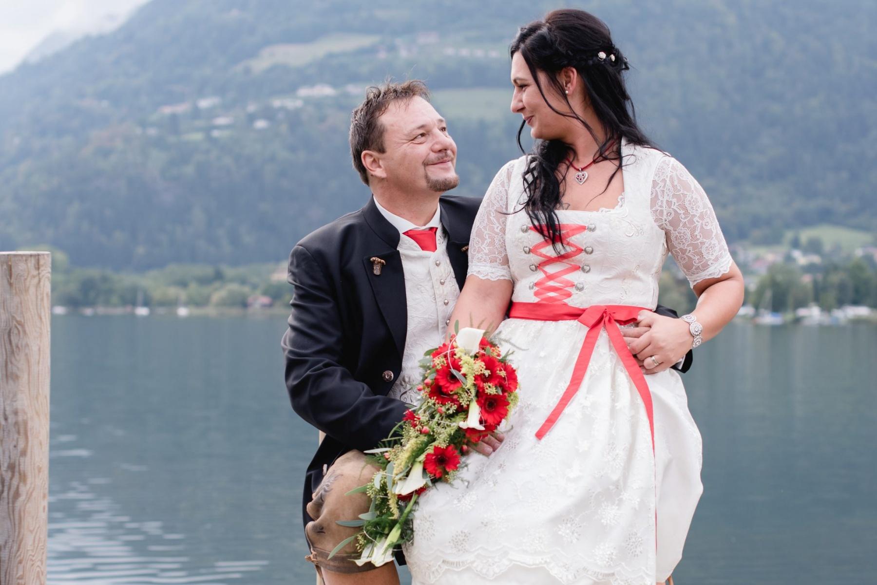 Roland Nischelwitzer Hochzeitsfotograf Kärnten - Mirella und Gernot - Stiftschmiede Ossiach